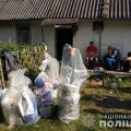 На Житомирщині затримали групу наркодилерів, які заробляли 5 мільйонів щомісяця. ФОТО