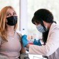 Українців планують мотивувати до вакцинації різними бонусами