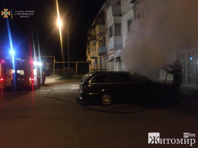 За добу на Житомирщині горіли чотири машини. ФОТО