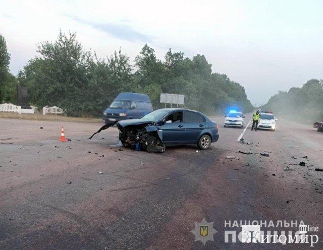 На автодорозі в Житомирській області Hyundai зіштовхнувся з Opel: травмовані водії та пасажири. ФОТО