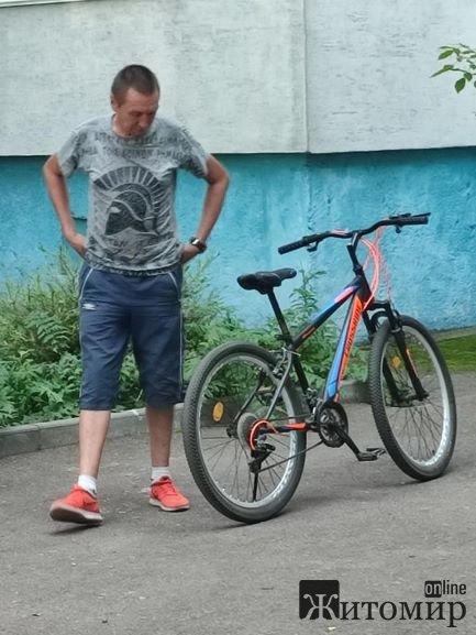 Хто на Польовій у Житомирі купив у злодія крадений велосипед?