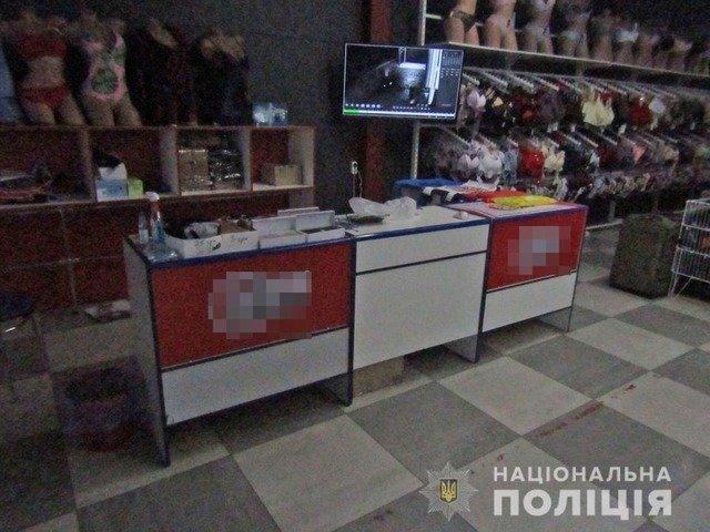 В Олевську розшукали чоловіка, який пограбував магазин. ФОТО