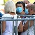 В Україні 827 нових випадків COVID-19, на Житомирщині 14 нових випадків