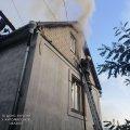 У Житомирі 14 рятувальників гасили пожежу в житловому будинку. ФОТО