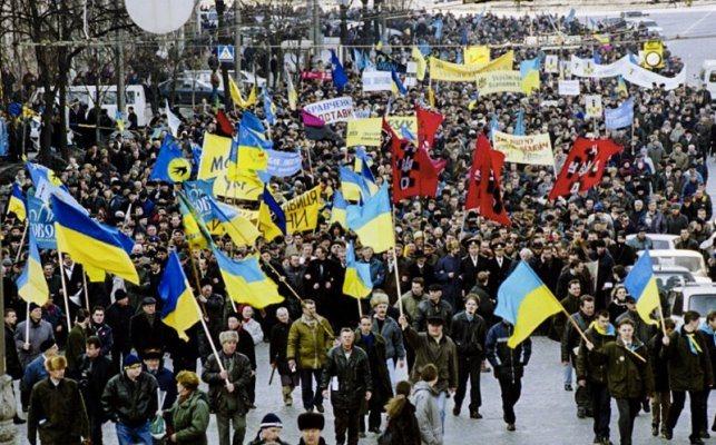 """Юрій Луценко: «В українській політиці всі настільки один з одним переспали, що все згадати неможливо"""""""