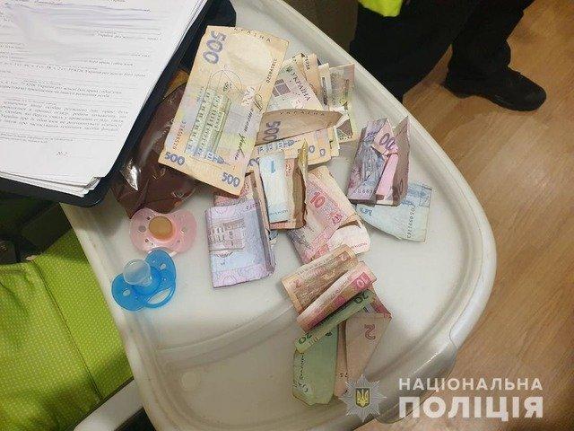 На Звягельщині чоловік вкрав понад 50 тисяч гривень у знайомої. ФОТО