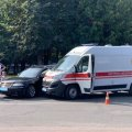 На проспекті Миру в Житомирі зіткнулися «швидка» і Volkswagen: загинула людина, яку везли спецавтомобілем