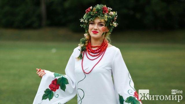 "На Житомирщині провели перший фестиваль художнього образу ""Malyn Body-Art Festival"". ФОТО"
