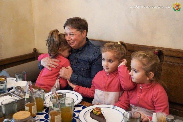 Володимир Федоренко відвідав легендарну житомирську родину Ільницьких. ФОТО