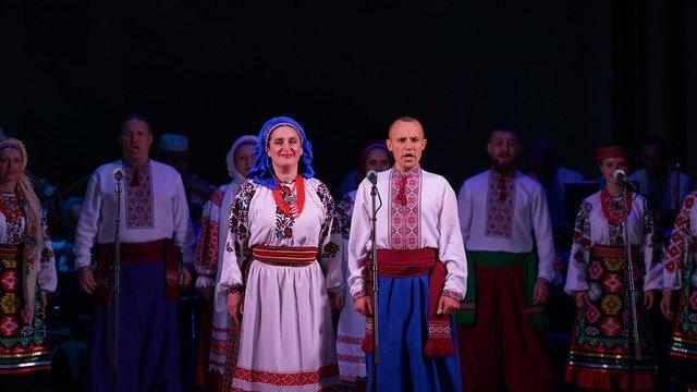 """У Житомирській обласній філармонії відбувся концерт Поліського академічного ансамблю """"Льонок"""". ФОТО"""